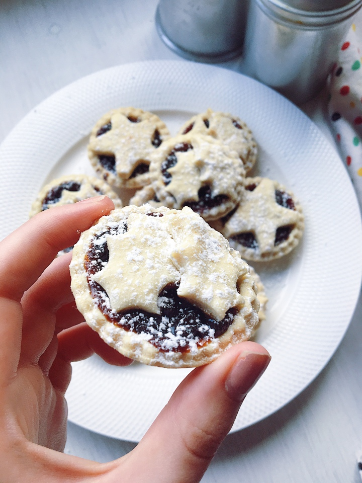 Vegan Mince Pies (only three ingredients!)
